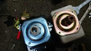 コンプレッサーの圧力スイッチ台座